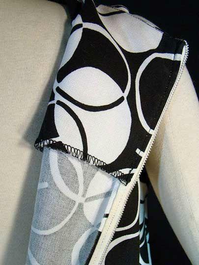 60s MOD Trapeze Style Dress ~ Brown & White CIRCLE Print Dress, M/S